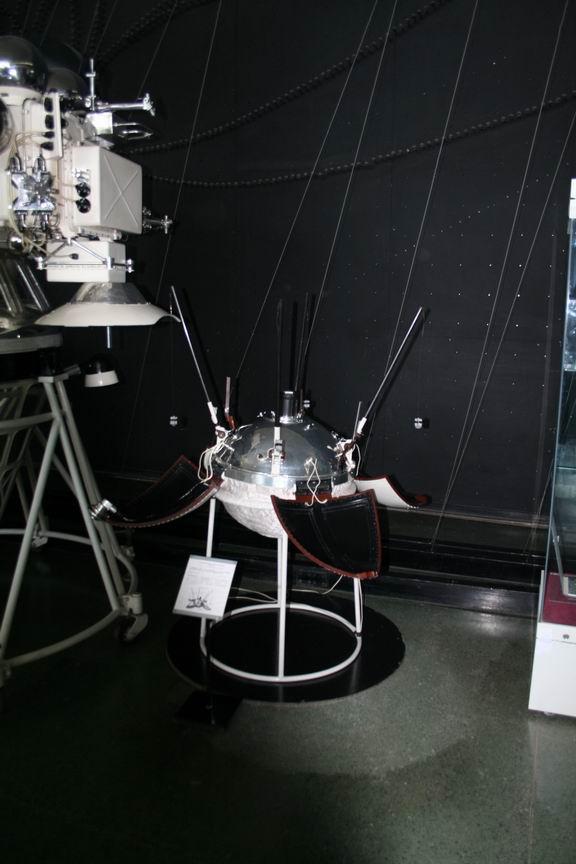13 июля 2011 года. Музей Космонавтики. Калуга. Венерианский спускаемый модуль