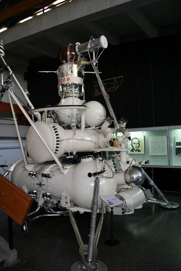 13 июля 2011 года. Музей Космонавтики. Калуга. Луна 15 - классика компоновки АМС